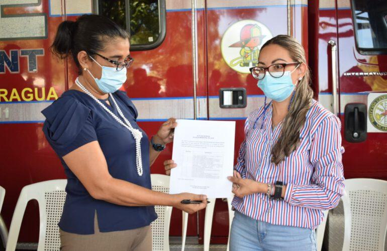 Übergabe der Feuerwehrmaterialien in León